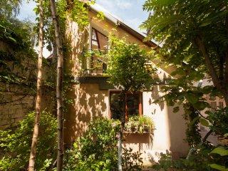 Apartment - Quiet House in City Center - V29A - Belgrade vacation rentals