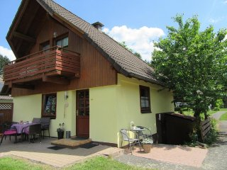 Ferienhaus für 8 Personen mit blick auf den See - Frielendorf vacation rentals