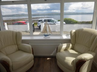 Admirals View a Shore Front Coastal Holiday Home with Breath Taking Sea Views - Dunoon vacation rentals
