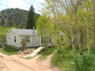 .Escape to Black Bear Hollow--we are pet friendly! - Red Feather Lakes vacation rentals