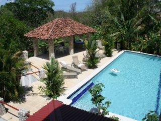 VILLAS CASA LOMA (Villa 4) - FLAMINGO BEACH'S BEST KEPT SECRET FOR OVER 30 YEARS - Playa Flamingo vacation rentals