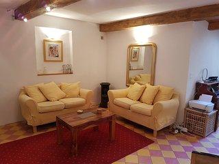 La Maison Jaune in Trausse-Minervois, Near Carcassonne - Trausse vacation rentals