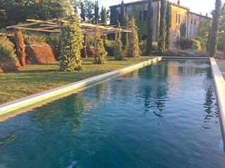 Tuscany, Maremma Hilltown, Ancient Convent, Pool, 6 Bedrooms, - Pitigliano vacation rentals
