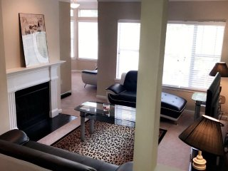 Beautiful Condo with Internet Access and A/C - Roswell vacation rentals