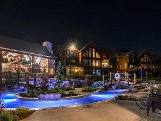 New Luxury True Lakefront Lodge~Free Amenities~Lazy River~2 Huge Pools~2mi Sdc! - Branson vacation rentals