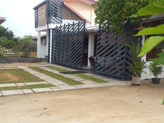 The Tourist Resort and Restaurant for all Guest Nice Place and Farm, Kiresurfing - Kalpitiya vacation rentals