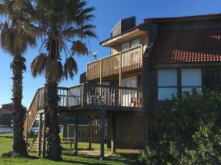 Full oceanview, Renovated 2016. Wi-Fi, Pool. Gated enclave of Bahia de Matagorda - Matagorda vacation rentals