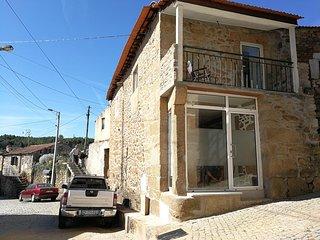 Casa Dona Fonseca: maison en pierre pour 4 personnes dans la vallée du Douro - Sabrosa vacation rentals