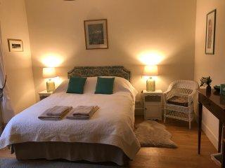 Villa Ponzetti B&B - Cherry bedroom - Ponteranica vacation rentals