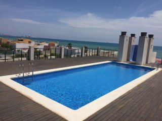 Lovely Condo with Washing Machine and Television - Pucol vacation rentals