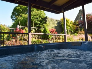 Charming House with Internet Access and Hot Tub - Dalton vacation rentals