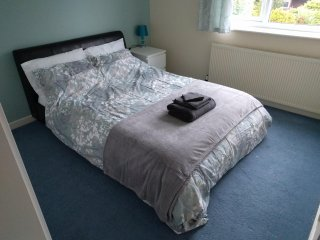 Nice Private room with Internet Access and Washing Machine - Gatley vacation rentals