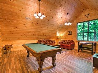 Stunning Gatlinburg Cabin Minutes from Town Center! - Gatlinburg vacation rentals