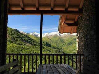 Vacanze in splendidi Chalets Mongioie - Roburent vacation rentals