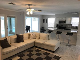Private Pool , Prime Location Located In Tampa - Tampa vacation rentals