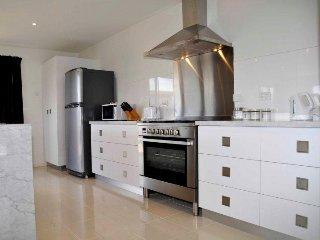 Freycinet Rentals 170 Hazards View - Unit 2 - Coles Bay vacation rentals