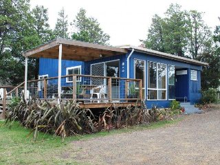 Nice 3 bedroom Coles Bay House with Parking - Coles Bay vacation rentals