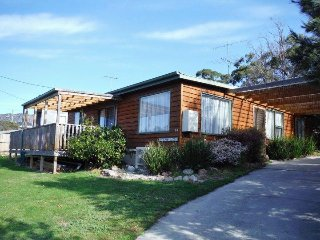 Perfect 2 bedroom House in Coles Bay - Coles Bay vacation rentals