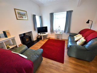 Trigfa Cottage 1.5miles from the Centre of Seaside Abersoch - Private Parking. - Bwlchtocyn vacation rentals