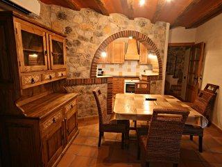 Perfect 3 bedroom Tarragona House with Internet Access - Tarragona vacation rentals