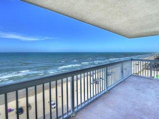 Oceanfront Studio - Southern Cross - Daytona Beach vacation rentals
