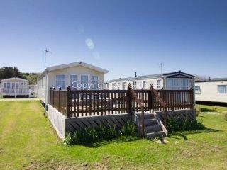 Ref 20276 8 berth caravan  a full seaview & large decking at Broadland sands. - Corton vacation rentals