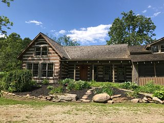 The Ultimate Cabin Escape! Welcome to your farm away from home!! - Frazeysburg vacation rentals