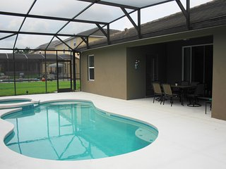 Stunning 5 BR 4 BA Pool Home w/Spa 8 minutes to Disney - Kissimmee vacation rentals