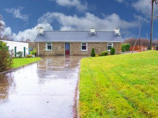 Donegal Town, Donegal Bay, County Donegal - 15691 - Letterbarrow vacation rentals