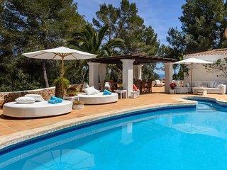 Comfortable 6 bedroom Villa in San Jose - San Jose vacation rentals