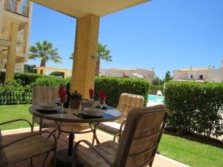 Albufeira Two bedroom apartment, Pool, Ac - Olhos de Agua vacation rentals