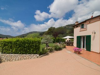 Beautiful House with Television and Balcony - Campo nell'Elba vacation rentals