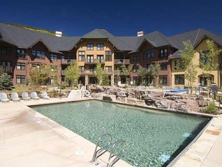Premium Copper Condo with Beautiful Views and Fantastic Pool/Hot Tub Courtyard - Frisco vacation rentals