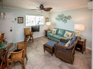 1 bedroom condo at resort, near Sombrero Beach - Marathon vacation rentals