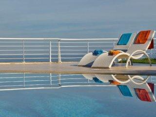 Detached Villa with Spectacular Seaviews - Bahar ic-Caghaq vacation rentals