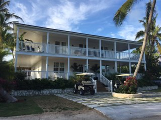 Just back fromt the beach elegance - Dunmore Town vacation rentals