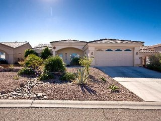 BEAUTIFUL GOLF COURSE - VAC. RENTAL, BULLHEAD CITY, 1900 SF, 1 King, 2 Twin - Fort Mohave vacation rentals