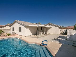 SWIMMING POOL VACATION RENTAL HOME, FORT MOHAVE,  AZ,  3 Queen Beds, 2 Baths - Fort Mohave vacation rentals