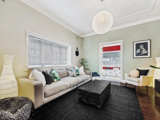 Family fun home -explore Sydney's Northern Beaches - Balgowlah vacation rentals
