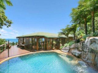 The Eagles Landing - Trinity Beach vacation rentals