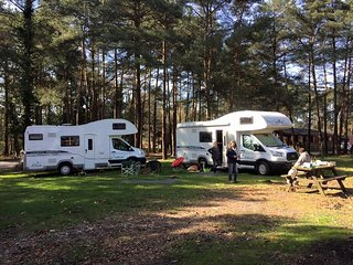Alfie - Glampervan UK - luxury motorhome for rent in High Wycombe - High Wycombe vacation rentals