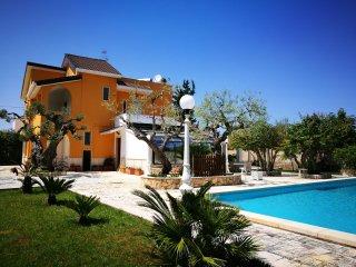 Wonderful 5 bedroom Villa in Castellana Grotte - Castellana Grotte vacation rentals
