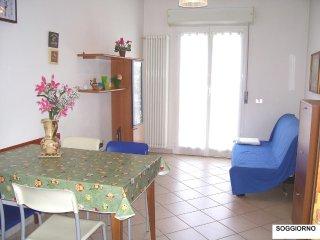 Casa Vacanze ONDA BLU - bilocale per FAMIGLIE, 100 mt dal mare - affitto mensile - Bellariva vacation rentals