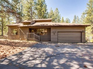 Granite Counters & Upgrades Throughout This Dog Loving Home, A/C -Pineridge 6 - Sunriver vacation rentals