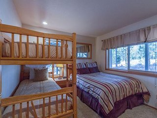 Reverse Living With 3 Master Suites, Ping Pong & Foosball Tables - Mt Rose 2 - Sunriver vacation rentals