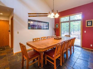 Cultus 16 - Floor to ceiling windows, Peaceful, A/C, Gas Fireplace, Ping Pong - Sunriver vacation rentals