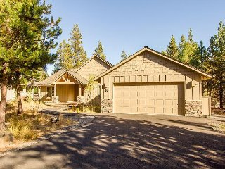 Open great room features a stone gas fireplace, Free SHARC Passes-Camas 16 - Sunriver vacation rentals