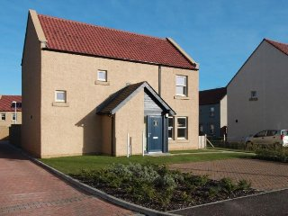 Beautiful House with Internet Access and Wireless Internet - Kingsbarns vacation rentals