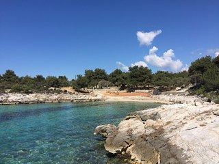 Villa Isidora, Beach Villa and Lounge - Potos vacation rentals