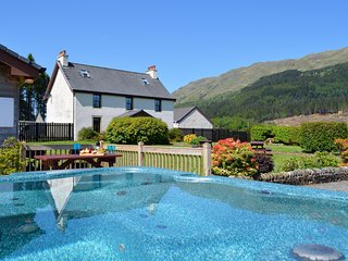 Bright 7 bedroom Vacation Rental in Blairmore - Blairmore vacation rentals